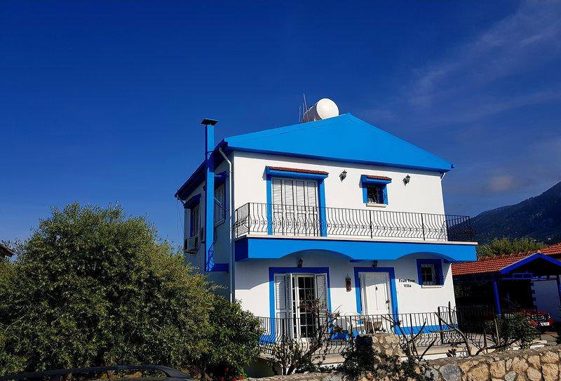 FRUIT TREE VILLA LAPTA HOLIDAY HOMES 3 double bedrooms, alquiler de vacaciones en Lapta