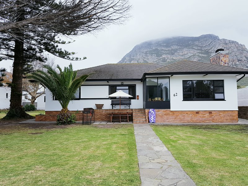 Norfolkden Beachhouse, a family home close to the beach on the Cape Whalecoast, alquiler vacacional en Hermanus