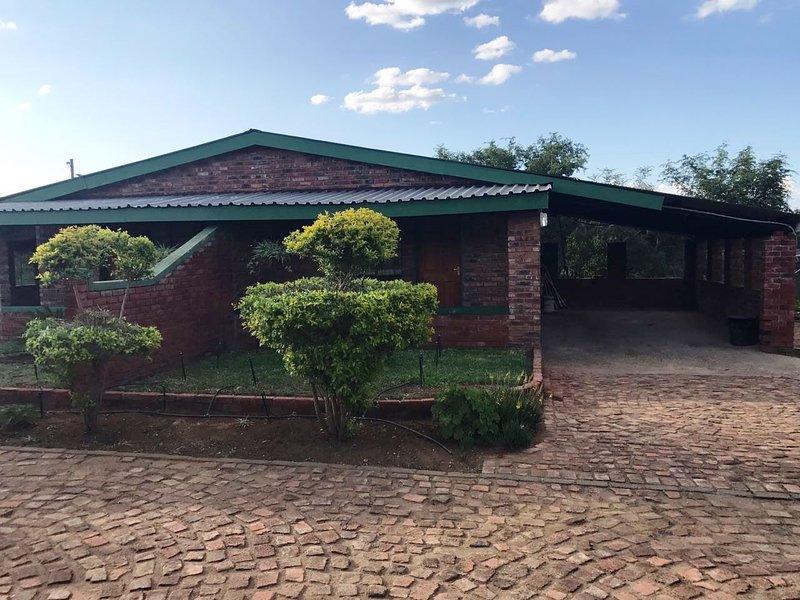 Unit 6 - Our Place Self Catering & BB, holiday rental in Louis Trichardt