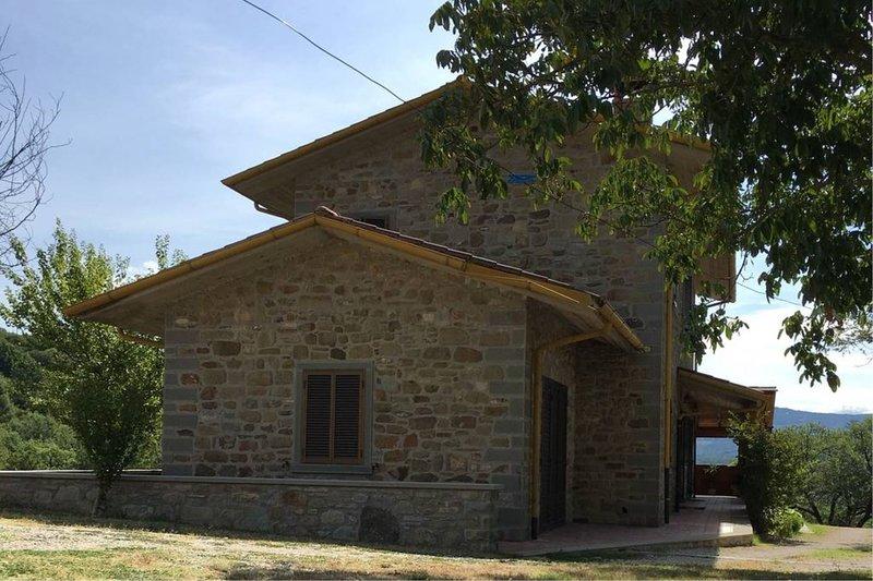 Mengaccini Villa Sleeps 8 with Pool and Air Con - 5784905, location de vacances à San Leo Bastia