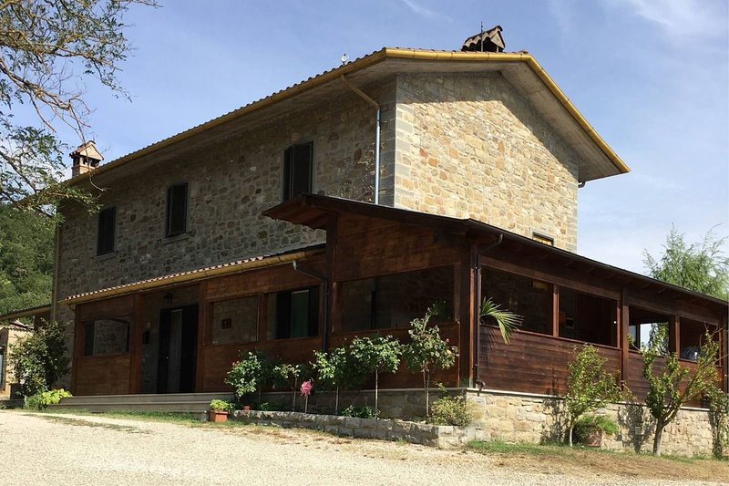 AGRITURISMO VISTA SOLE, holiday rental in Pierle