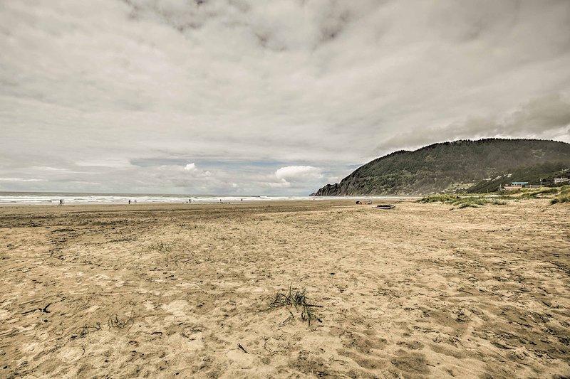 Segui il percorso vicino per affondare le dita dei piedi nella sabbia soffice.