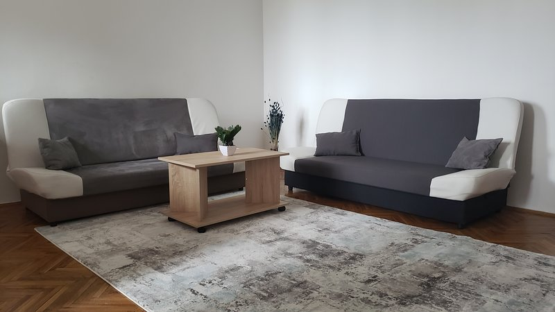 Cozy apartment in downtown Prishtina, location de vacances à Pristina