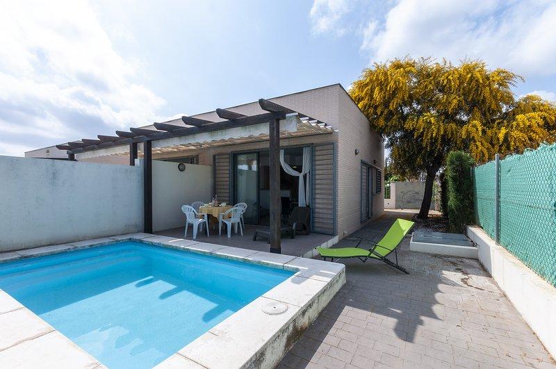 PREMIUM 17 - Villa for 5 people in Oliva Nova, holiday rental in Oliva