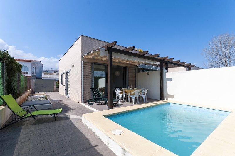 PREMIUM 15 - Villa for 5 people in Oliva Nova, holiday rental in Oliva