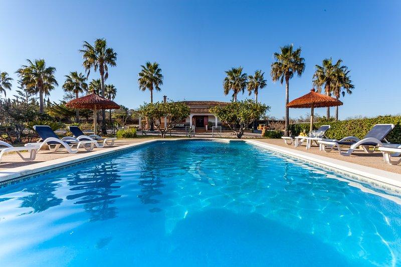 SON DURI (CAN CARAGOL) - Villa for 5 people in Santa Margalida, casa vacanza a Ca 'n Picafort