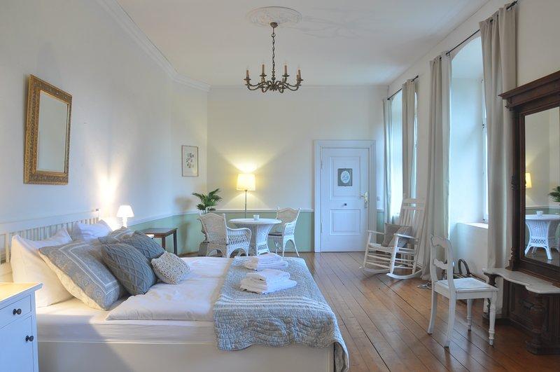 Gartenzimmer im Schloss Neuhausen, aluguéis de temporada em Parchim