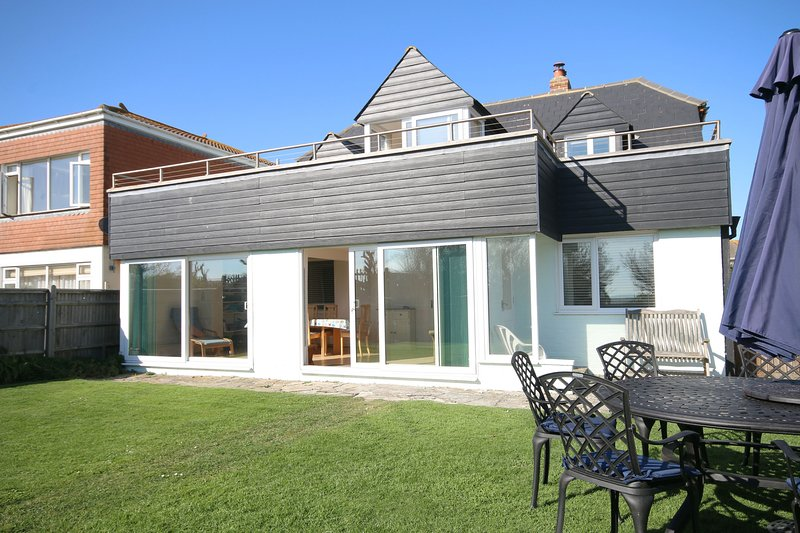 Saltwater, East Wittering, holiday rental in Bracklesham Bay