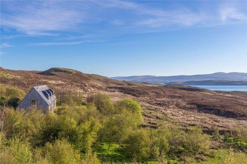 Casa Diubaig e vistas sobre o Loch Greshornish