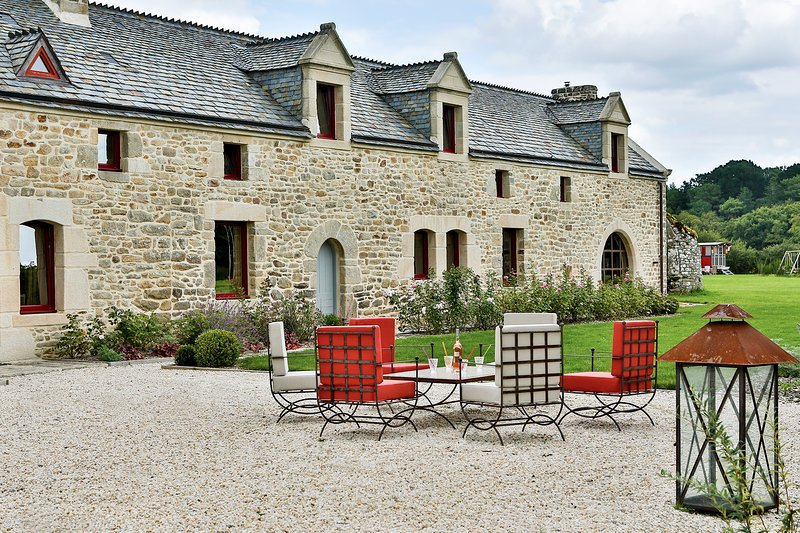Le Pré Verdine location de vacances de luxe à proximité du golfe du Morbihan, location de vacances à Plougoumelen