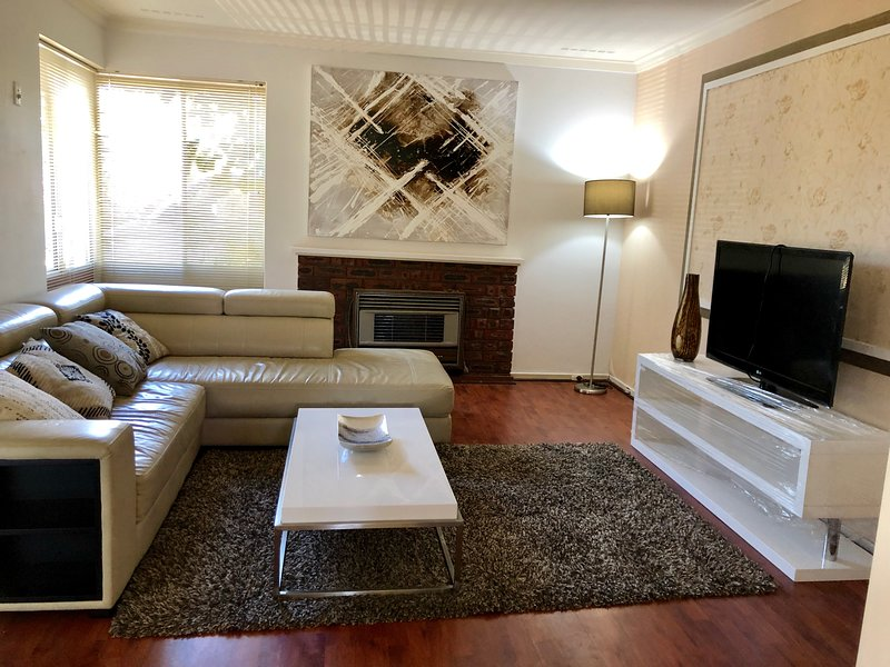 Ivy Residence, holiday rental in Canning