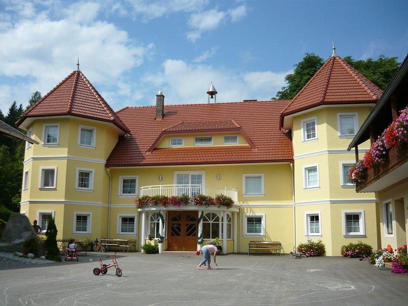 Talhof in Kärnten Bauernhof am See mit Ferienwohnungen und tollem Urlaubsangebot, casa vacanza a Agsdorf