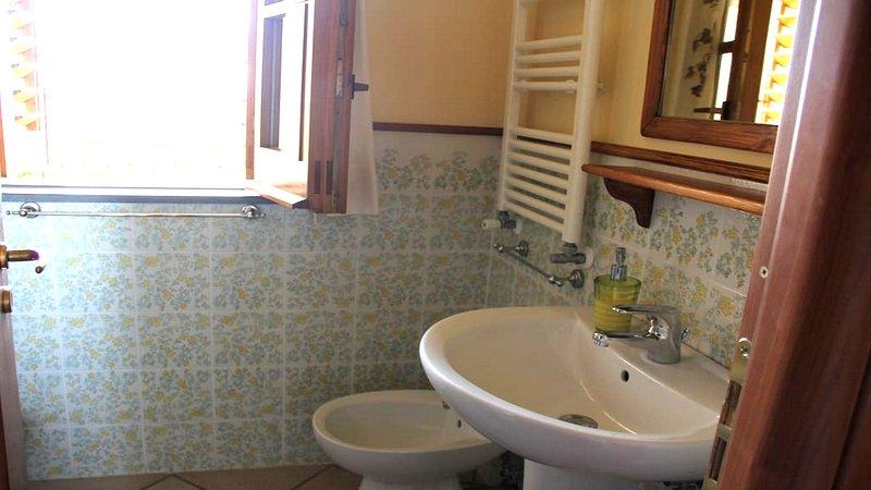 Bathroom  sorrento casa lusal a apartment at complex villa close to la marinella beach santa agnello