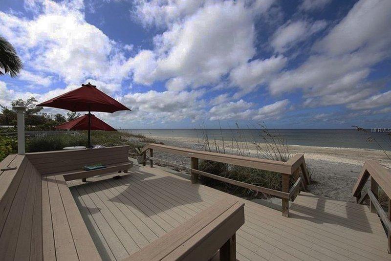 Direct Gulf View, Beach Condo on Manasota Key, FL, casa vacanza a Manasota Key