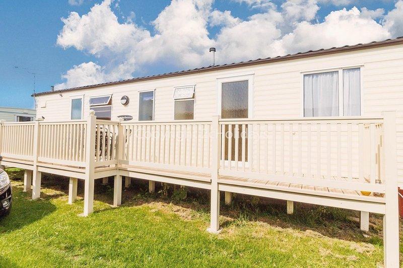 Brilliant 7 berth caravan for hire at Heacham Holiday Park in Norfolk ref 21020H, alquiler vacacional en Heacham