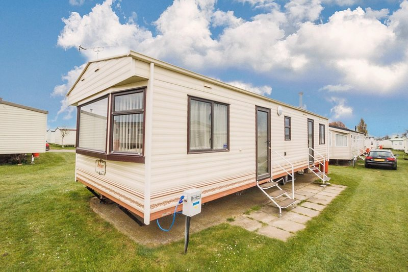 8 berth accommodation at California Cliffs Holiday Park
