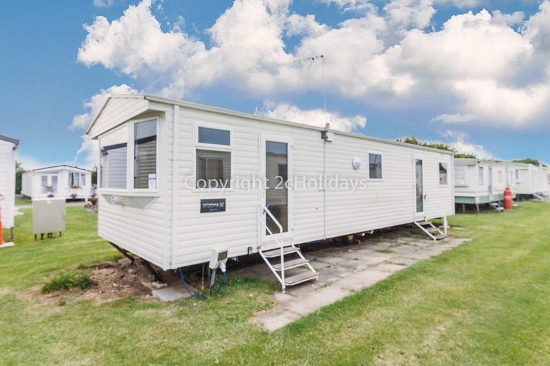 8 berth accommodation at California Cliffs Holiday Park.
