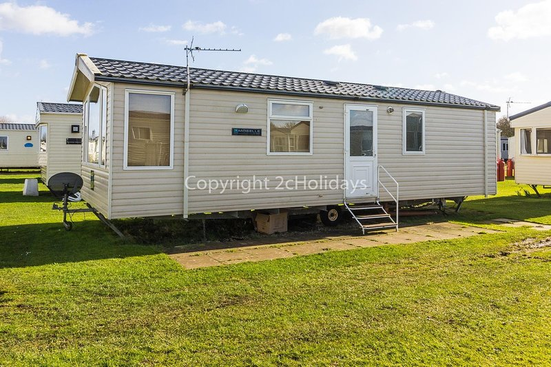 Great 6 berth caravan for hire at Sunnydale Holiday Park in Skegness ref 35039B, aluguéis de temporada em Lincoln
