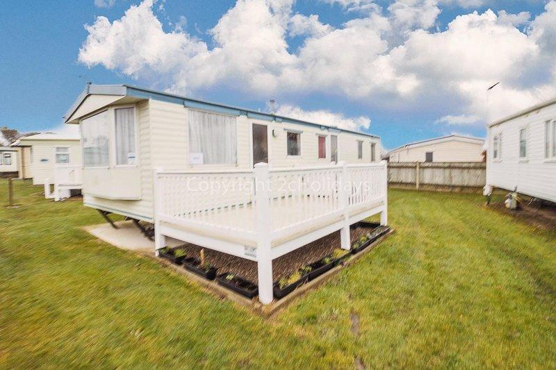 8 berth accommodation at Cherry Tree Holiday Park.