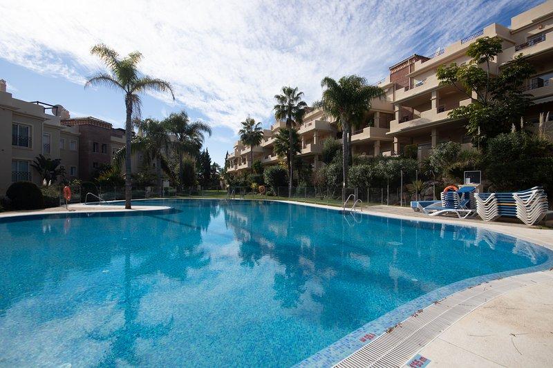 3 Bedroom Apartment in Toscana Hills Cancelada, vacation rental in Cancelada