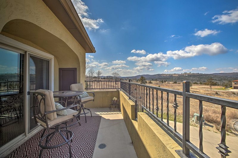 This condo is located in Hollister, just 15 minutes from downtown Branson!