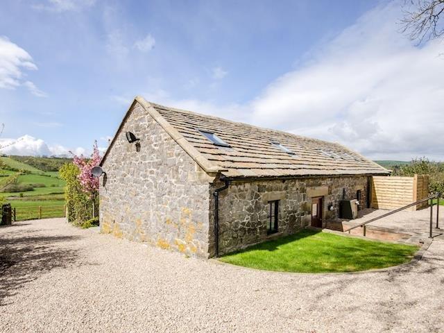 Valley View Barn, Bradbourne, Ashbourne, Derbyshire. Sleeps 2-14 persons, vacation rental in Ashbourne