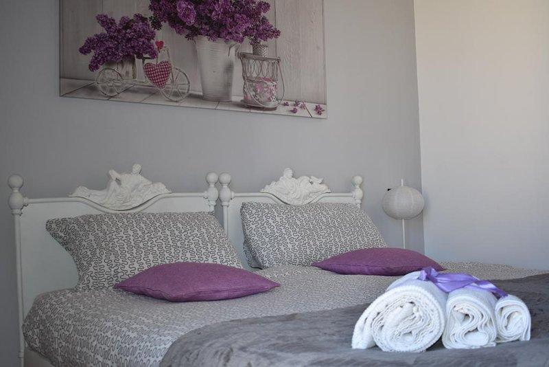 Camera Matrimoniale, holiday rental in Terrasini