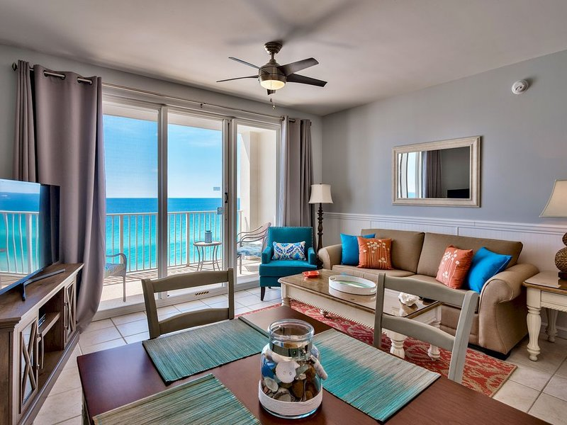 Living room, direct gulf view.