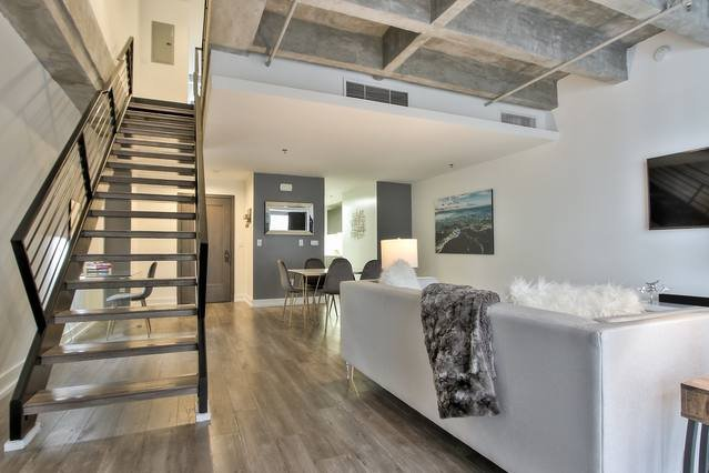 Welcome Home! Spacious 2BR/1.5BA Loft in the Heart of Downtown Los Angeles!