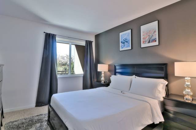 Dormitorio principal con cama Queen + cama Queen Air