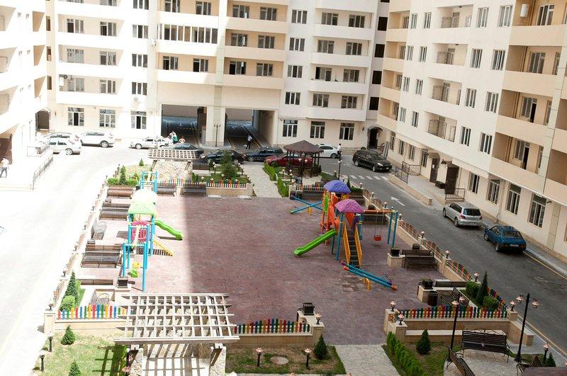 Kosmos apartment complex (GEMILAR), vakantiewoning in Bakoe