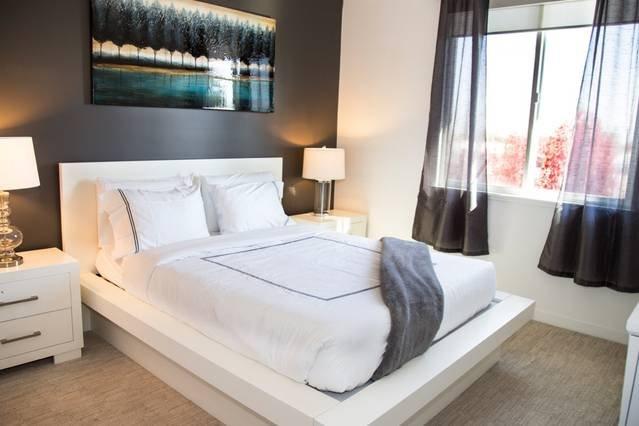 Bedroom offer a Queen Memory Foam Bed + Queen Aero Bed for extra guests