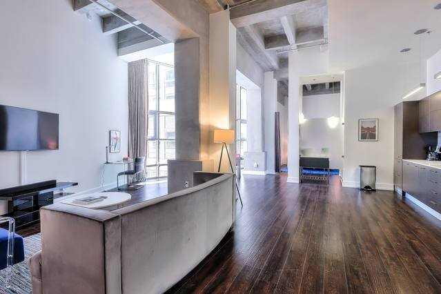 Welcome Home! Brand New Urban Flat in the Heart of Downtown Los Angeles! Spacious 2BR with High Ceilings!