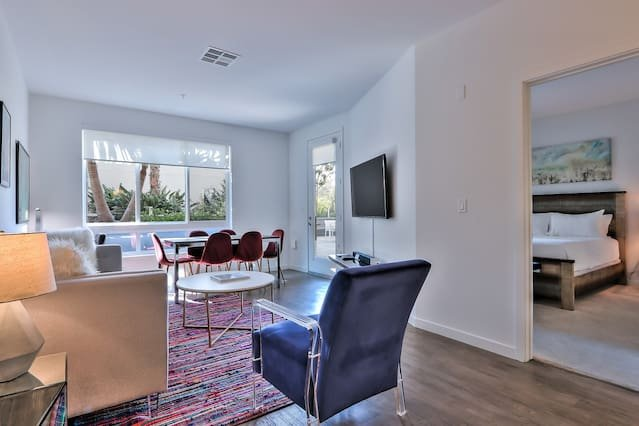 Platinum Edition 2BR Urban Flat - Pool/Spa & More, vacation rental in Milpitas