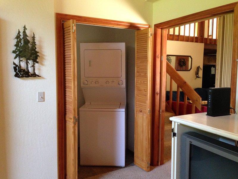Bluebird House-Washer Dryer