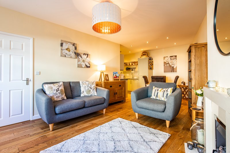 No3 Brocklehurst Cottage,cosy, traditional style cottage in Buxton centre., holiday rental in Buxton