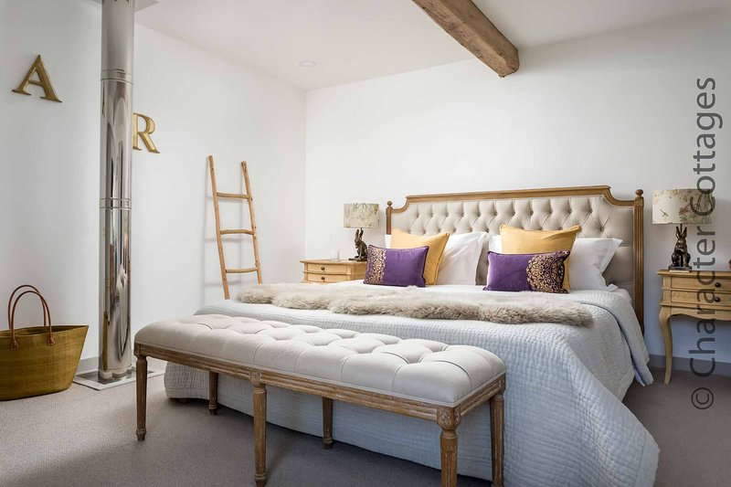 The Machine Rooms is part of an old steam mill in the village of Churchill, holiday rental in Chipping Norton