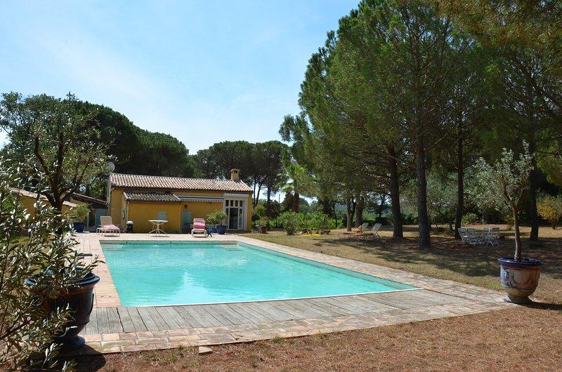 Loue Gîte de charme 9 couchages Pézenas. ( 25 mintutes des plages), holiday rental in Fontes
