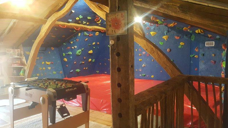 Gite Nougaret 3 ☆  + Salle d'Escalade + SPA, location de vacances à Hautes-Pyrenees