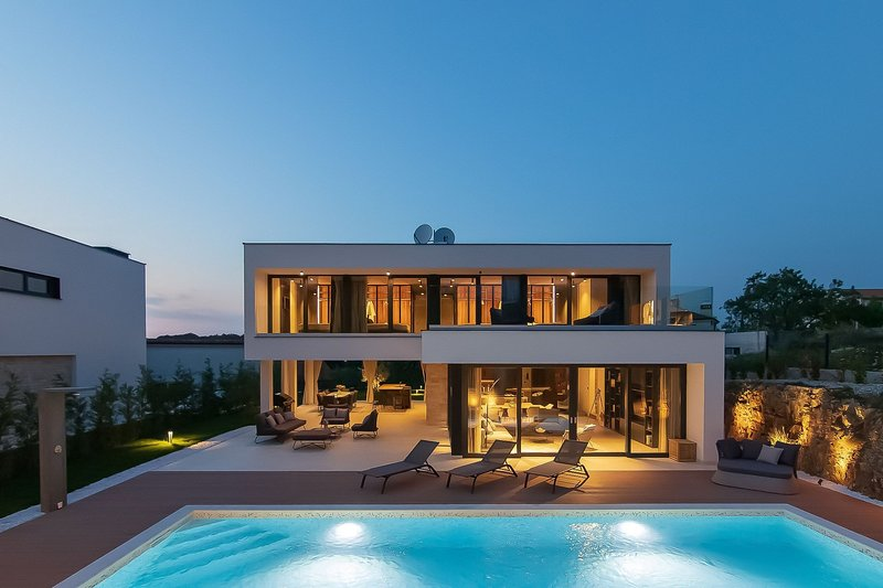 Modern Villa #1, in Istria, with a Pool, holiday rental in Rovinjsko Selo