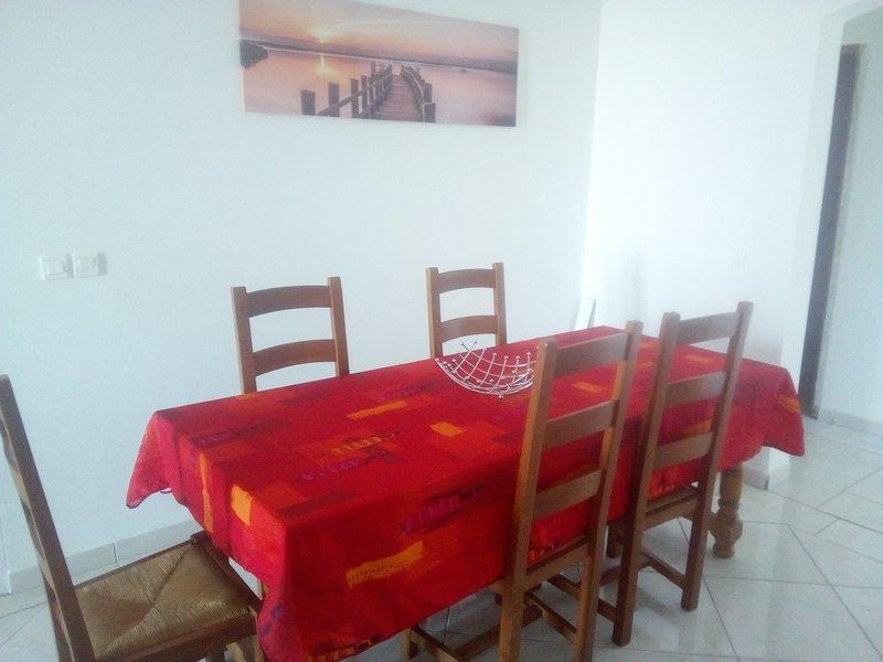 Nice apt with sea view & balcony, casa vacanza a Marigot