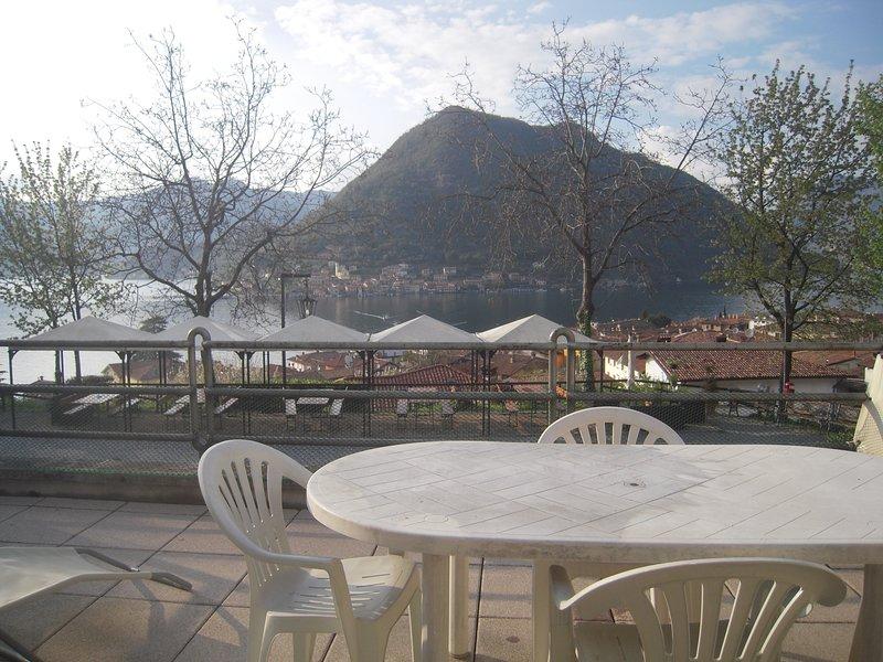 Uliveto casa vacanze, holiday rental in Peschiera Maraglio