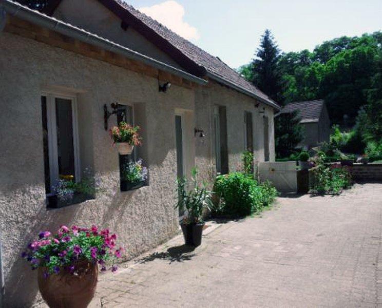 Facade cottage