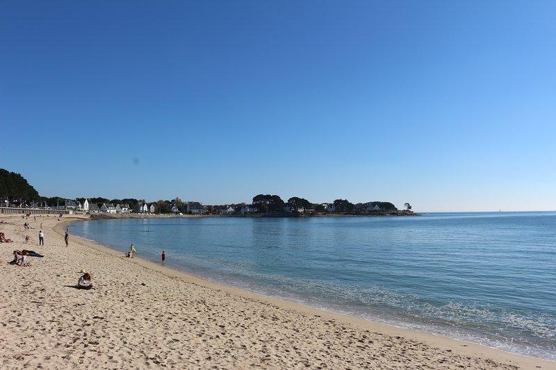 The beach of Trez facing the apartment