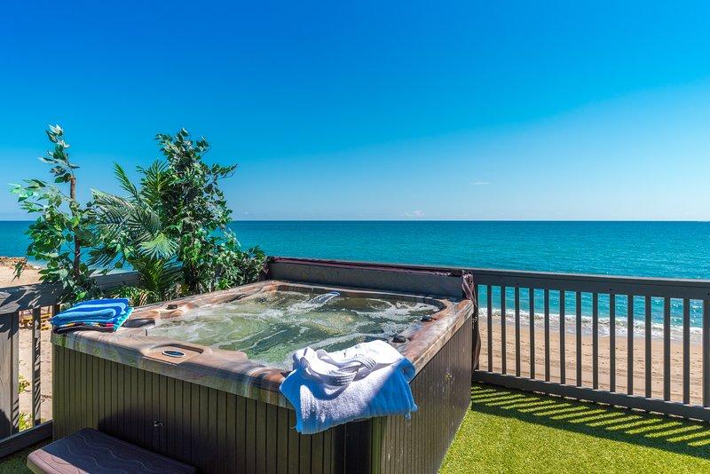 Restoration Sands - enjoy ocean views from your outdoor hot tub