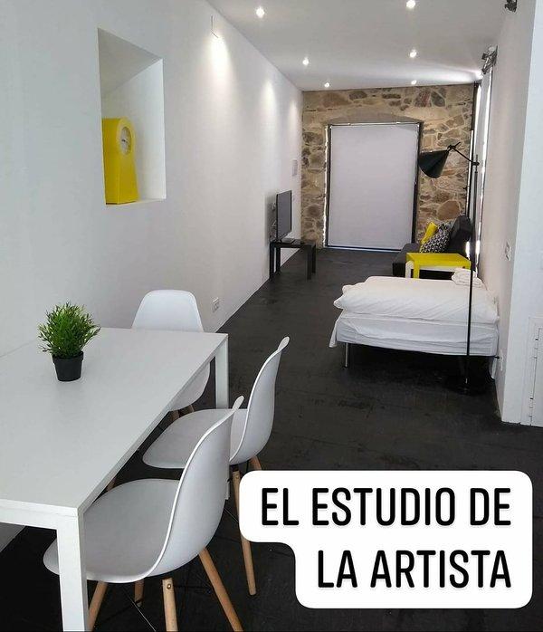 'EL ESTUDIO DE LA ARTISTA *** ' El Casar de Leo, alquiler vacacional en Provincia de Badajoz