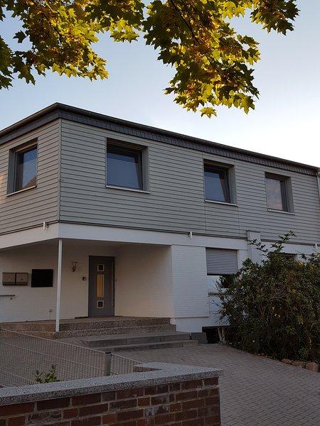 4-Jahreszeiten Apartment mit separatem Eingang, holiday rental in Heessen