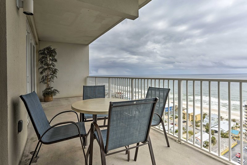 Sip morning coffee or an evening nightcap while you take in the ocean views!
