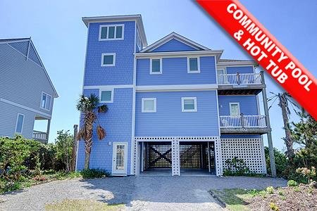 Hyacinth - 6BR Oceanfront House in North Topsail Beach with Hot Tub & Community, vacation rental in North Topsail Beach