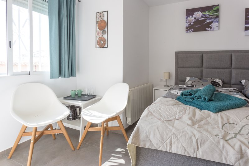 B&B Los Zuecos, 2-pers. kamer Standaard, EUR58 per nacht, incl. ontbijt, holiday rental in La Murada